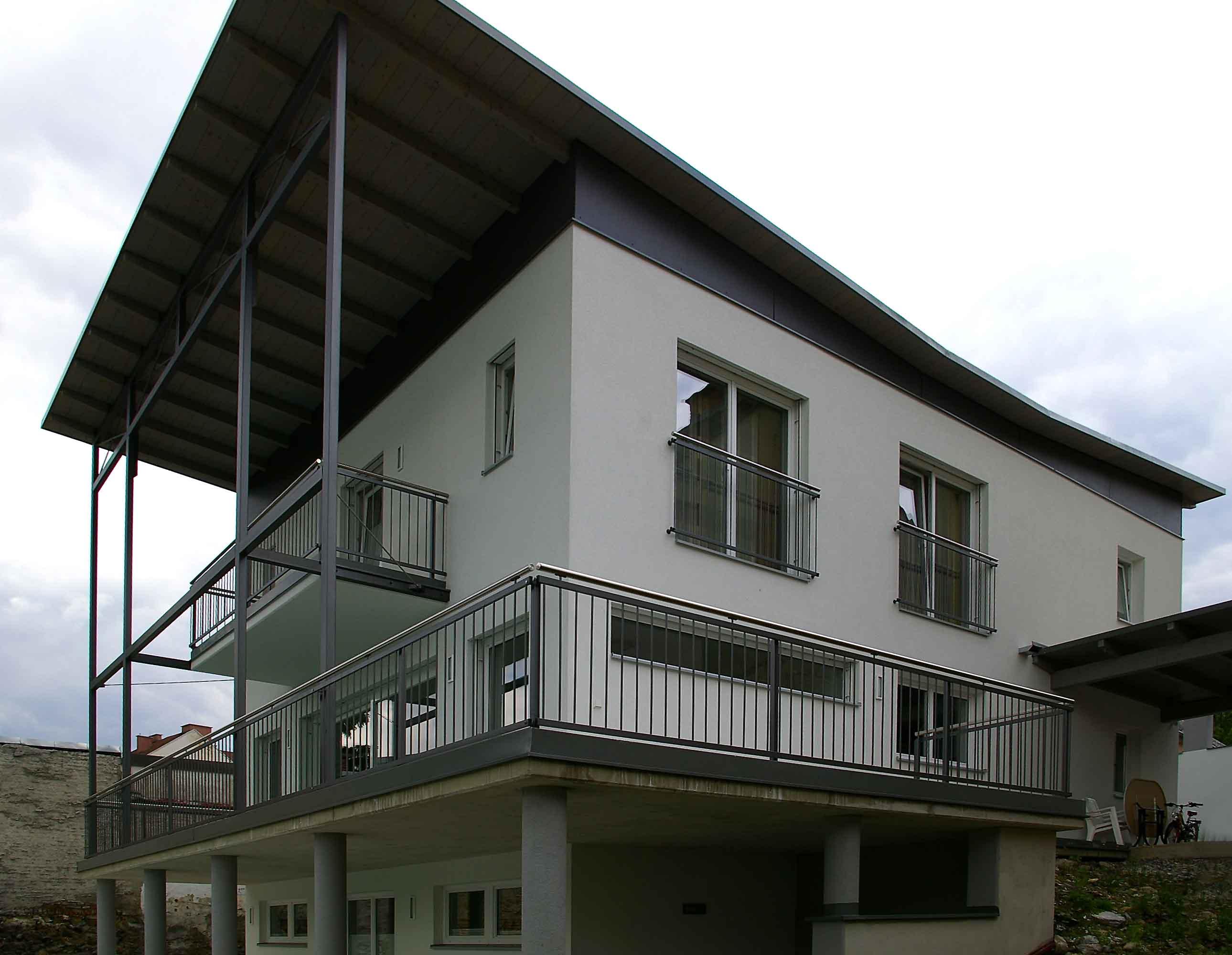 GL0519_Balkonkonstruktion_seitlich